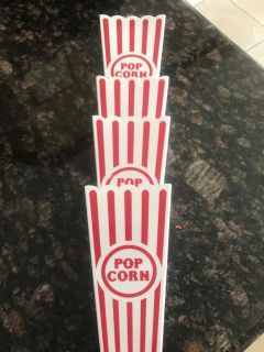 Set of 4 New Popcorn plastic Containers