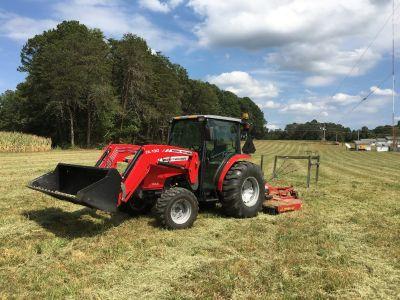 Massey Ferguson 1660 tractor