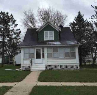 825 Dempster St Fort Atkinson Three BR, Great location