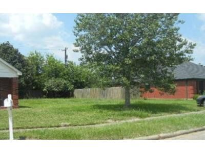 3.0 Bath Foreclosure Property in Angleton, TX 77515 - Prairie Ln