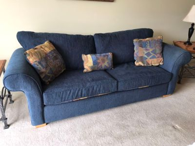 Sofa & Kitchen Table & 4 chairs