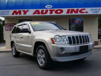 2006 Jeep Grand Cherokee Limited (Light Khaki Metallic)