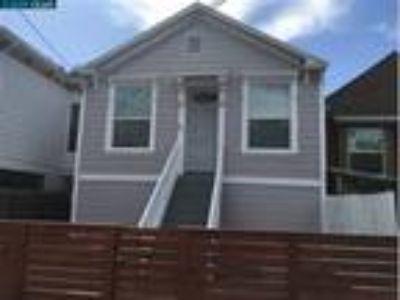 FULL BASEMENT HOME NEAR WEST OAKLAND BART, Oakland, CA