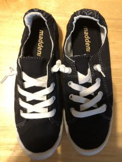 Madden shoes size 7.5 women s new never worn!