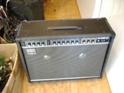 JC-120 JAZZ CHORUS GUITAR AMP
