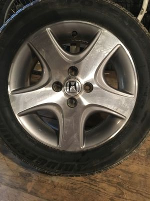 HONDA CIVIC RIMS OFF OF A 2005