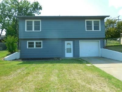 4 Bed 2 Bath Foreclosure Property in Junction City, KS 66441 - Rockwell Dr
