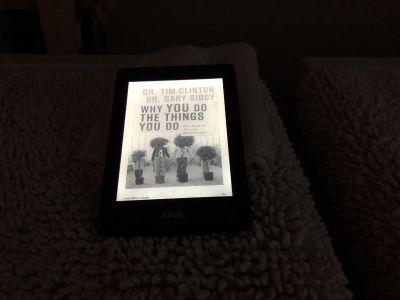 Amazon Kindle Paperwhite 2 with Backlighting and Case