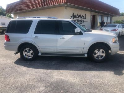 2006 Ford Expedition Limited (White)