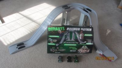 Defiants 4x4 Motorized Trucks