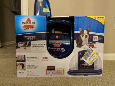 New Bissell Little Green Proheat Pet carpet cleaner and additional solution