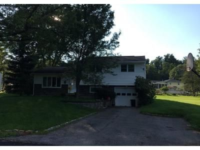 3 Bed 1.5 Bath Preforeclosure Property in Middletown, NY 10940 - Thomas Jefferson Pl