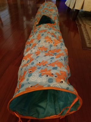 Collapsable Cat Tunnel GUC