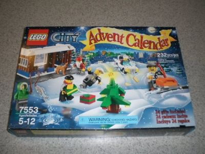 Lego #7553 Advent Calendar 2011, City
