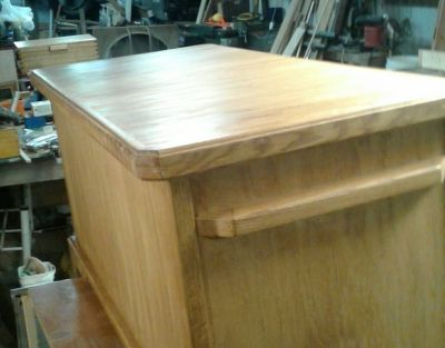 Cedar lined with oak exterior blanket chest