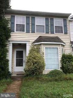 2489 Sagewood CT Waldorf Three BR, End unit townhome in a great