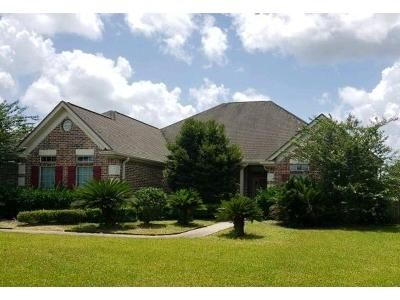 4 Bed 2.5 Bath Foreclosure Property in Beaumont, TX 77713 - Village Dr
