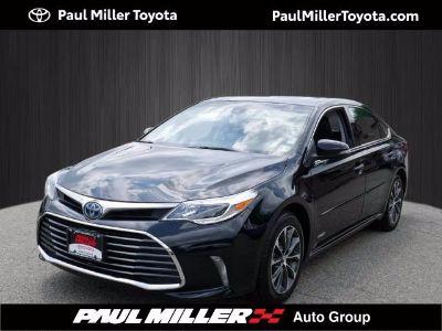 2017 Toyota Avalon Hybrid XLE Premium (Midnight Black Metallic)