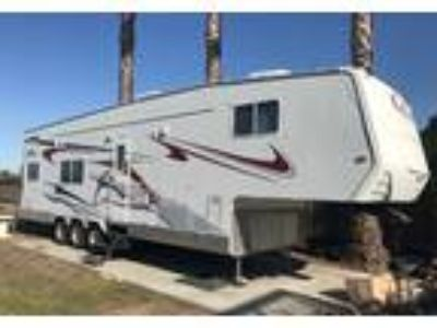 2007 Eclipse RV Altitude Toy Hauler in Oakley, CA