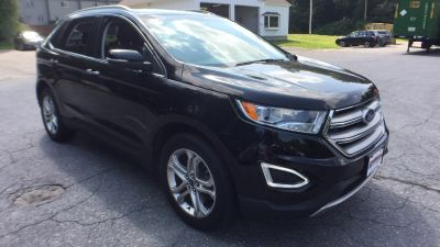 2017 Ford Edge Titanium (black)