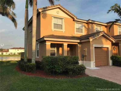 957 NE 42nd Ave 957 Homestead Three BR, Quiet well maintained