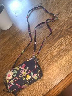 Vera Bradley cross over purse or wallet