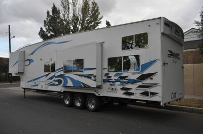 2007 39ft Weekend Warrior CR3905 Toy Hauler Fifth Wheel