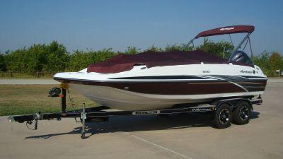 2018 Hurricane SunDeck Sport 201 OB Deck Boats Lewisville, TX