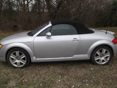 2004 Audi TT 180hp (Light Silver Metallic - Gray)