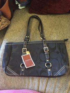New Coach gallery tote
