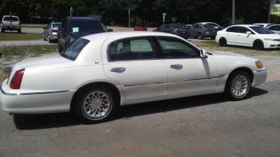 1998 Lincoln Town Car Cartier (White)