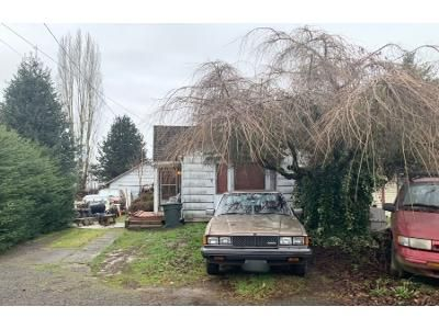 2 Bed 1.0 Bath Preforeclosure Property in Kelso, WA 98626 - Williams Ave