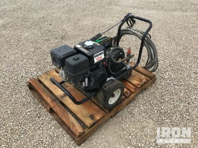 2013 (unverified) Mi-T-M CW-3004-4SGH Pressure Washer