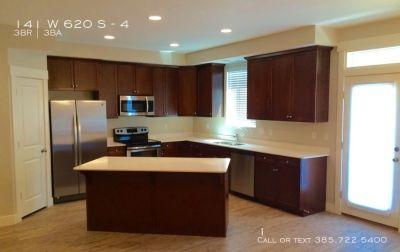 Townhouse Rental - 141 W 620 S