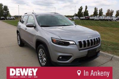 2019 Jeep Cherokee Latitude Plus (Billet Silver Metallic)