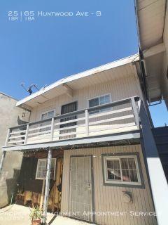DUPLEX W/WATER & GARBAGE PAID BY OWNER NEXT TO I-880 & 92!
