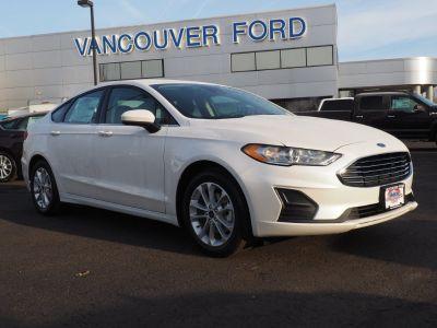 2019 Ford Fusion SE (white)
