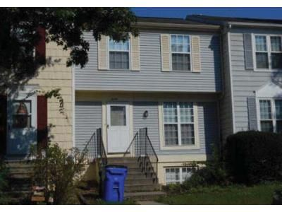 3 Bed 1 Bath Foreclosure Property in Frederick, MD 21702 - Colonial Way
