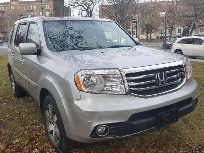 2014 Honda Pilot Touring W/ Navigation $18,800