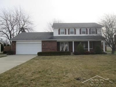 4 Bed 3 Bath Foreclosure Property in Saginaw, MI 48603 - Columbine Dr
