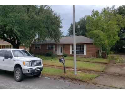 Preforeclosure Property in Baton Rouge, LA 70814 - Big Bend Ave