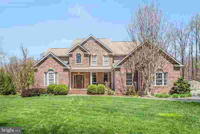 140 Spotted Tavern Rd Fredericksburg Four BR, Estate home with
