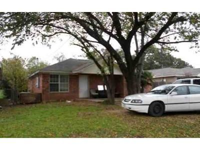 3 Bed 2 Bath Foreclosure Property in Fort Worth, TX 76105 - Fitzhugh Ave