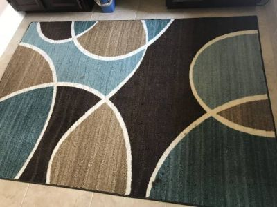 Area Rug or Runner 5'X7'