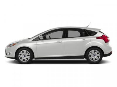 2014 Ford Focus Titanium (White Platinum Tri-Coat)