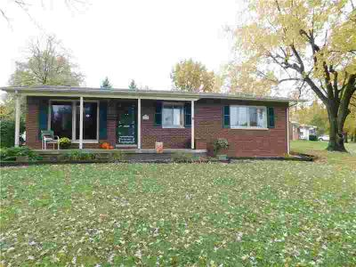 4012 31st Street Columbus Four BR, well maintained brick ranch