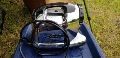 Omega Mastriculating Juicer - 8006 model
