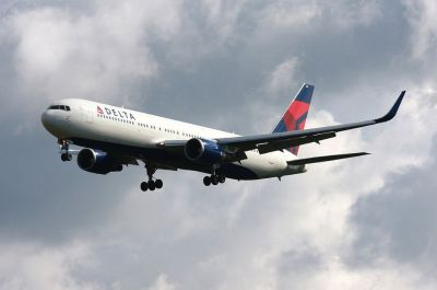 Airline ticket with 50% Discount price off