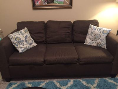 GUC Brown tweed couch, very comfortable