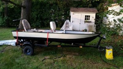 12' Aluminum Fishing Boat with Trailer